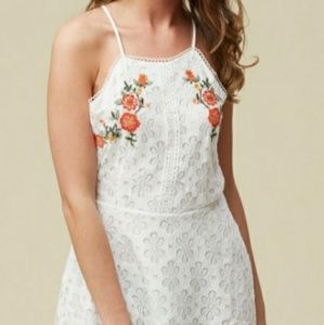 Alterd state white lace dress size L